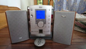 Sterio with remote control and 2 speakers for sale