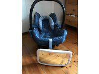 Maxi-cosi car seat and car mirror