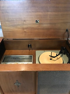 Antique cabinet model Hi Fi