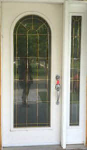 Exterior door with side light