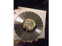 Disc cutter blades