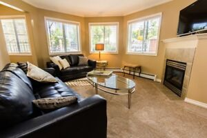 2 Bedroom in Downtown - Live in Melrose Manor!