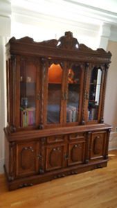 Gorgeous antique hutch/display cabinet