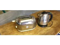 KETTLE AND TOASTER CHROME