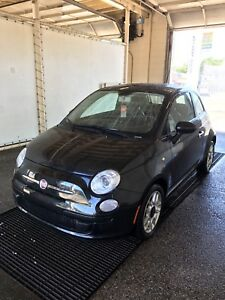 2012 Fiat 500 - LIKE NEW LOW KMS