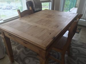 SOLID PINE DINING ROOM TABLE FROM THE BRICK