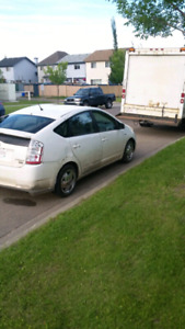 2009 Toyota Prius hybrid 2 Sets of tires Runs like new