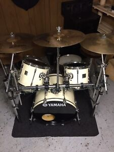 Yamaha drums whole package great deal