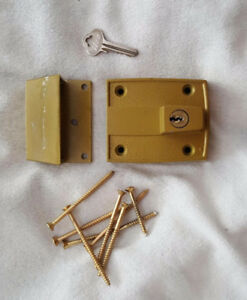 Ilco Bolt Door Security Lock with Key