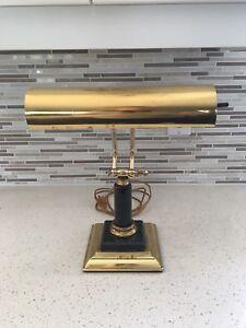Lampe antique style banquier