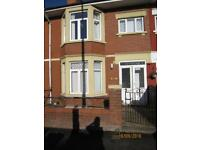 1 bedroom flat in Caerphilly Road, Heath, Cardiff, CF14
