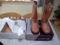 Brand new rigger boots size10