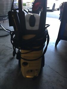 Power washer electrical