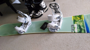 Burton pro level Supermodel with bindings, size 11 boots Board i