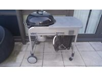 Weber Charcoal BBQ Almost New with cover, glove, t brush and manuals