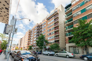 Bright and spacious 2 bedroom unit across from OCAD