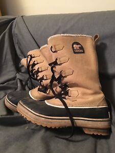 Women's Sorel winter boots-Size 9