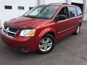2008 Dodge Grand Caravan MODELE SXT STOW AND GO Bas kilomètres