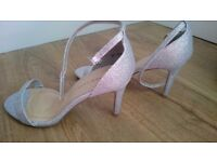 New look size 6 wide fit silver shoes