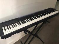 Yamaha P95 keyboard