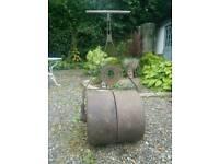 Vintage / Antique lawn roller