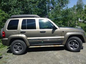 2003 Jeep Liberty Autre
