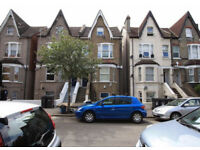 Spacious 1Bed/Studio to rent in Heathfield Road, South Croydon ideal for a couple or single person