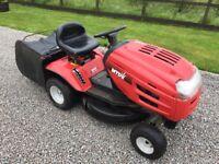 Ride on mower with grass bag MTD 115B