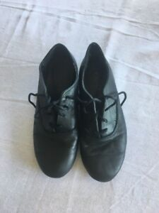 Step dance shoes size k
