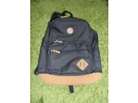 "GOJI GSBPBK15 15.6"" Laptop/school/camping Backpack - Black"