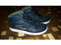 Men lacost trainers size 7