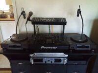 Pioneer DJ Mixer DJM 2000 2 CDJ 1000 MK2 decks