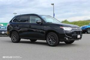 2014 Mitsubishi Outlander GT! 7 PASSENGER! LEATHER! SUNROOF!