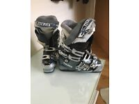 TECNIKA SKI BOOTS - USED ONCE SIZE 6