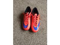 Men's/boys Nike football boots,size uk 6 or European 40!