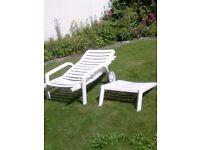 Garden lounger sunbed