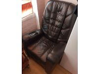 Keyton massage chair Black