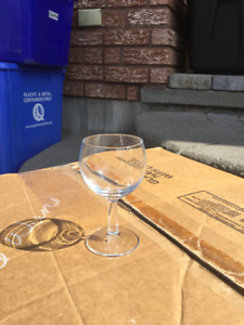 Large collection of 8 oz wine glasses