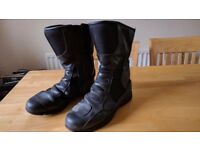 motorcycle boots size 11 (or 46)