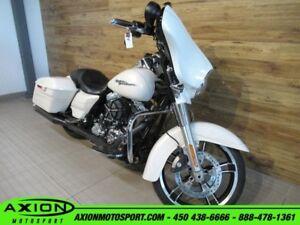 2014 Harley-Davidson FLHX Street Glide 86.02$/SEMAINE