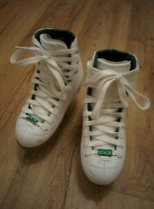 Riedell Model 19 Emerald Girls. Size J11. For 5 year old girl.