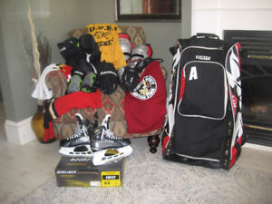 Youth/Junior  Large hockey gear SOLD all except the skates.