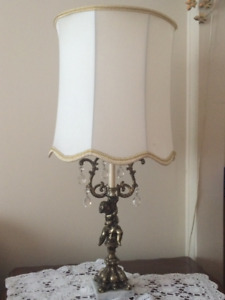 End table light  MUST SELL PRIOR SEPT. 2