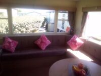 2 bed lovely caravan ideal for family of 4 or couples who like being near the sea.
