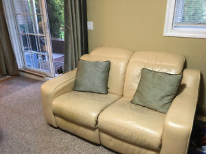 Love seat inclinable