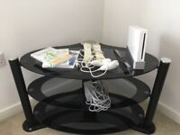 White Nintendo Wii with 2 controllers and Wii Fit, 4 games all boxed