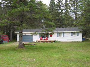 Appealing Cottage at beautiful Beaver Lake near Alpena, MI