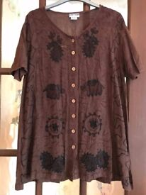 Urban Outfitters Women's Tunic/Top Size S