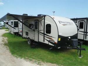 2018 Palomini 177BH Ultra Lite Travel Trailer with Bunks-3000LBS
