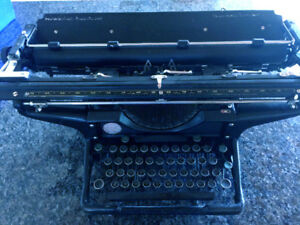Vintage Underwood typewriter Legal Size.